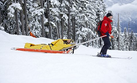 skiing rescue